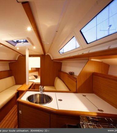 Segelboot Jeanneau Sun Odyssey 33 i · 2014 (3)