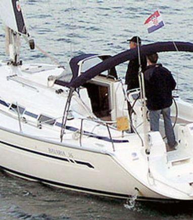 Sailboat Bavaria 36 · 2004 (3)