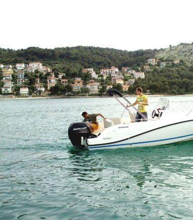 Imbarcazione a motore Quicksilver Activ 605 Open (2014) (3)