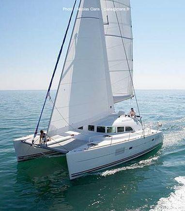 Catamaran Lagoon 380 S2 · 2006 (3)