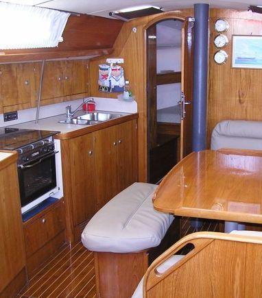 Sailboat Jeanneau Sun Odyssey 37.1 · 1996 (refit 2010) (3)