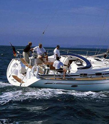 Sailboat Bavaria Cruiser 42 · 2007 (3)