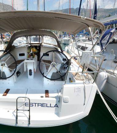 Sailboat Jeanneau Sun Odyssey 349 · 2021 (3)