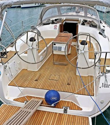 Sailboat Bavaria Cruiser 40 · 2013 (3)