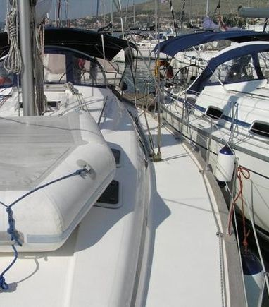 Sailboat Bavaria 42 · 2008 (3)