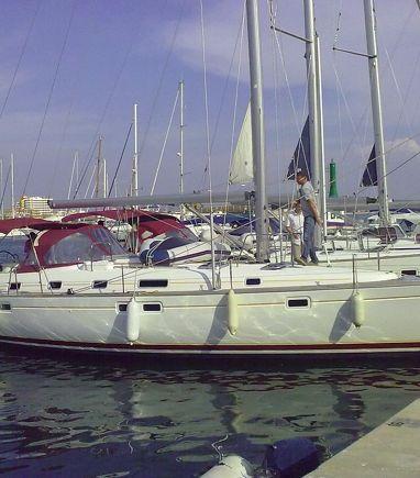 Sailboat Beneteau Oceanis 461 · 2000 (3)