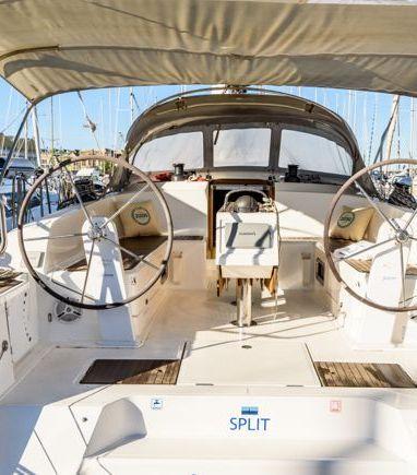 Sailboat Bavaria Cruiser 46 · 2014 (3)
