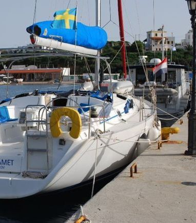 Sailboat Beneteau Cyclades 43.4 · 2007 (3)