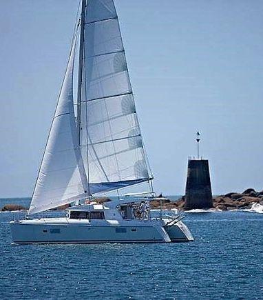 Catamaran Lagoon 421 · 2011 (3)