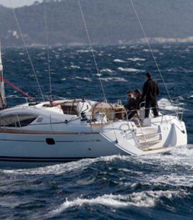 Sailboat Jeanneau Sun Odyssey 42i · 2012 (3)