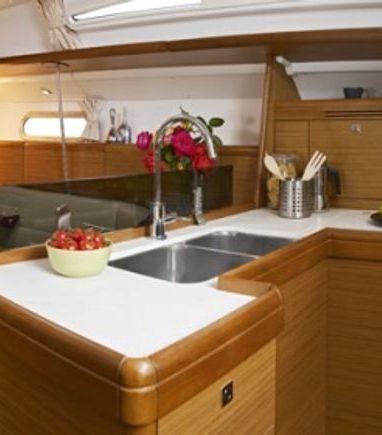 Sailboat Jeanneau Sun Odyssey 42 i · 2009 (3)