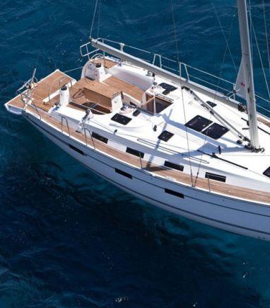 Sailboat Bavaria Cruiser 40 · 2008 (3)