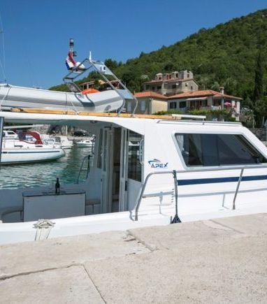 Barco a motor Sas Vektor Adria 1002 · 2004 (reacondicionamiento 2013) (3)