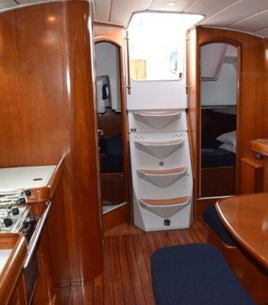Velero Beneteau Oceanis Clipper 393 · 2004 (reacondicionamiento 2016) (3)