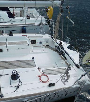 Sailboat Beneteau First 27.7S · 2009 (3)