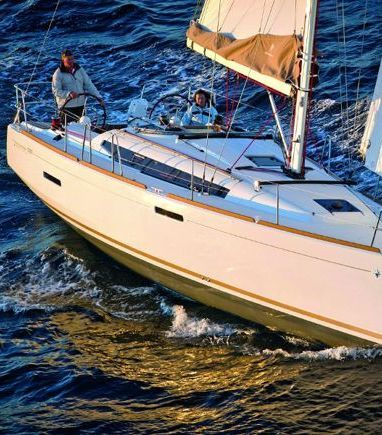 Sailboat Jeanneau Sun Odyssey 389 · 2018 (3)