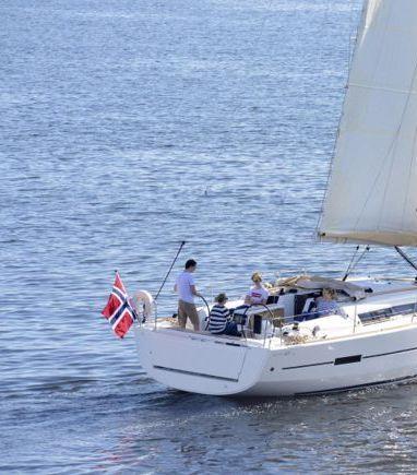 Sailboat Dufour 412 Grand Large · 2020 (3)