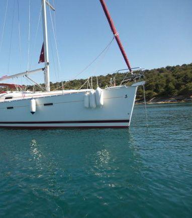 Sailboat Beneteau Oceanis Clipper 393 (2006) (3)