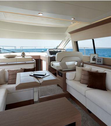 Motorboat Beneteau Monte Carlo 5 · 2019 (3)