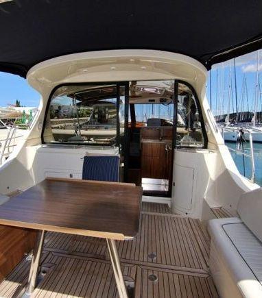 Barco a motor Sas Vektor Adriana 44 · 2012 (3)