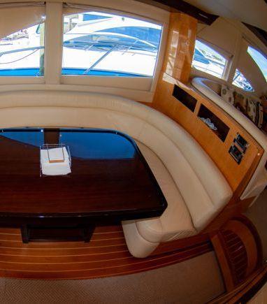 Motorboat Majesty 50 Fly · 2009 (refit 2009) (3)