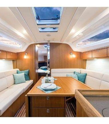 Velero Bavaria Cruiser 37 (2015) (3)