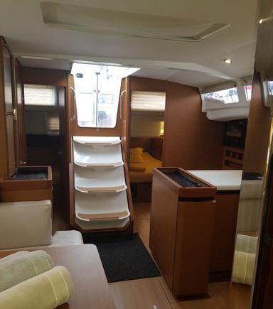 Sailboat Jeanneau Sun Odyssey 440 · 2019 (refit 2019) (3)