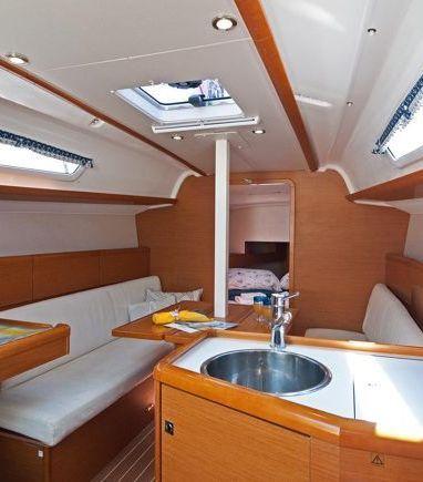Segelboot Jeanneau Sun Odyssey 33i · 2013 (3)