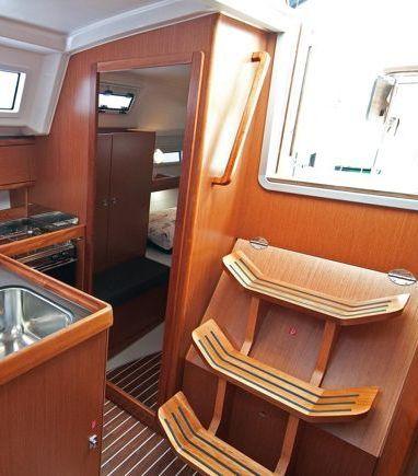 Velero Bavaria Cruiser 33 (2016) (3)