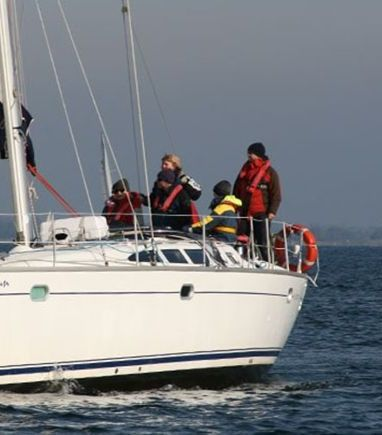 Sailboat Jeanneau Sun Odyssey 43 · 2004 (3)