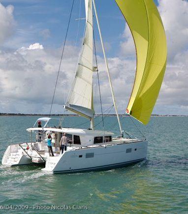 Catamaran Lagoon 400 · 2010 (3)