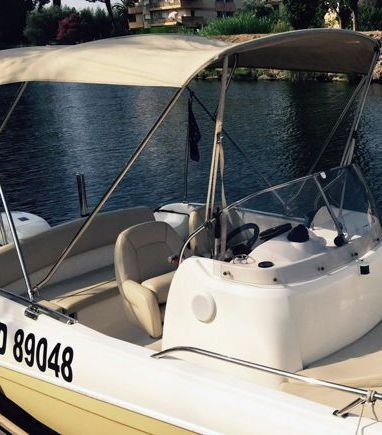 Speedboat Jeanneau Cap Camarat 635 · 2012 (3)
