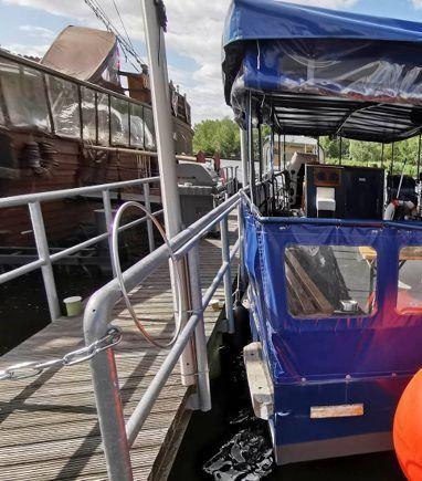 Speedboat Custom Built · 1996 (3)