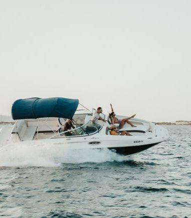 Motorboat Sea Ray 260 Sundancer · 2018 (refit 2020) (3)