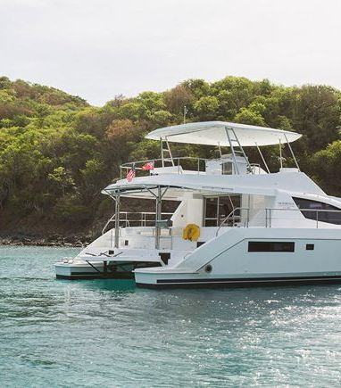 Motor Catamaran Leopard Moorings 514 · 2019 (3)