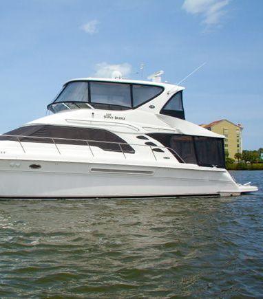 Motorboat Sea Ray 560 Sedan Bridge · 2010 (3)