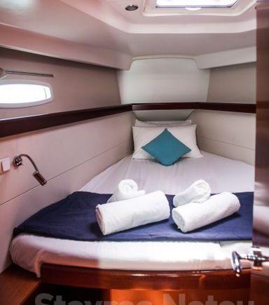 Sailboat Beneteau Oceanis 46 · 2010 (3)
