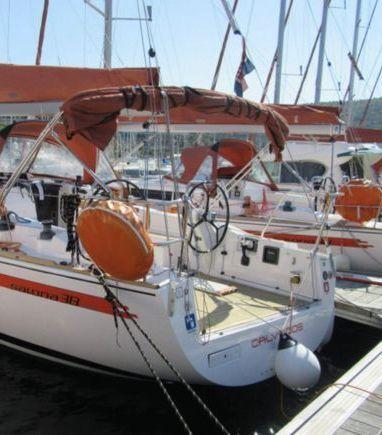 Sailboat Salona 38 · 2012 (3)