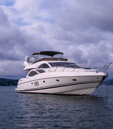 Motorboat Sunseeker Manhattan 74 · 2004 (refit 2020) (3)