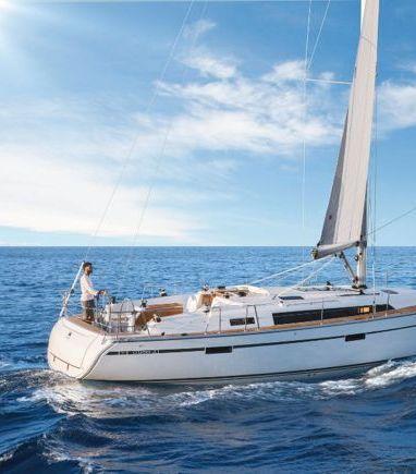Sailboat Bavaria Cruiser 41 · 2016 (3)