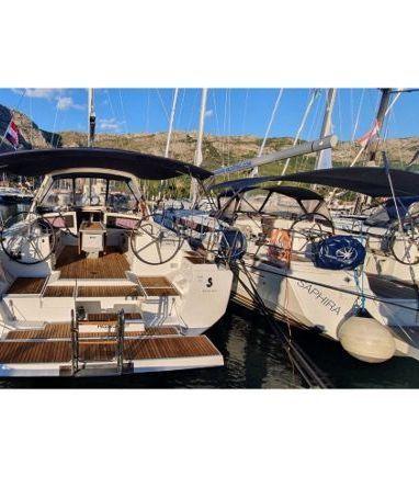 Sailboat Beneteau Oceanis 48 (2014) (3)