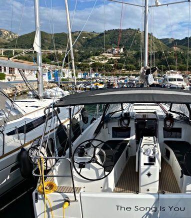 Sailboat Jeanneau Sun Odyssey 410 · 2021 (3)