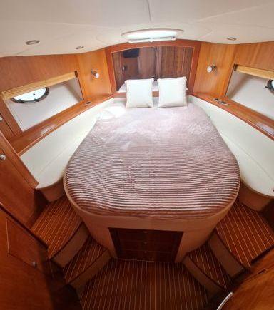 Motorboat Mano Marine 38.5 · 2012 (refit 2021) (3)