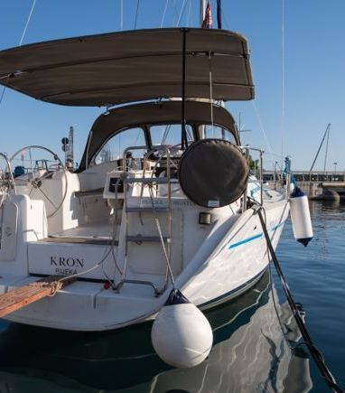 Sailboat Beneteau Cyclades 39.3 · 2006 (3)