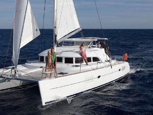 Catamarano Lagoon 380 (2017)