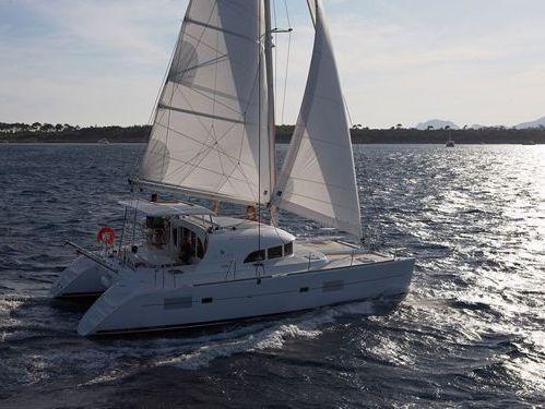 Catamarano Lagoon 380 S2 (2015)