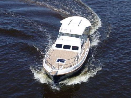 Imbarcazione a motore Sasanka Courier 970 · 2008
