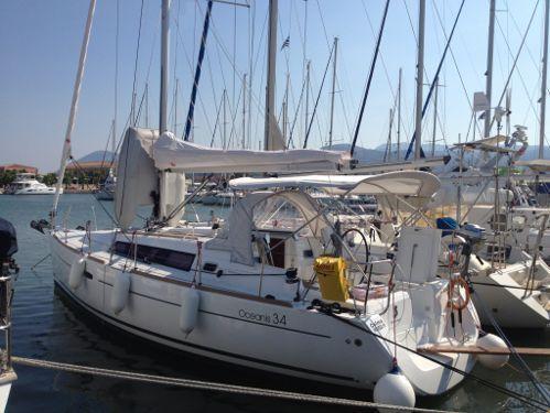 Barca a vela Beneteau Oceanis 34 · 2011