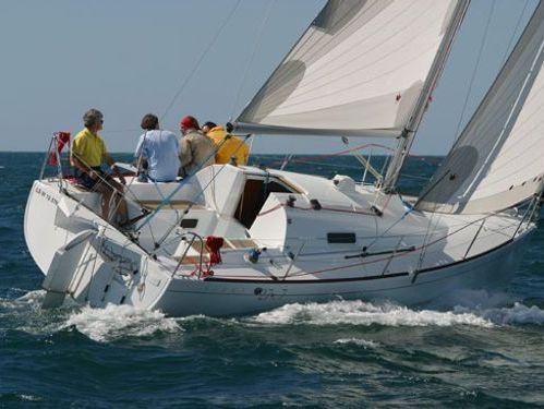 Sailboat Beneteau First 27.7S (2009)