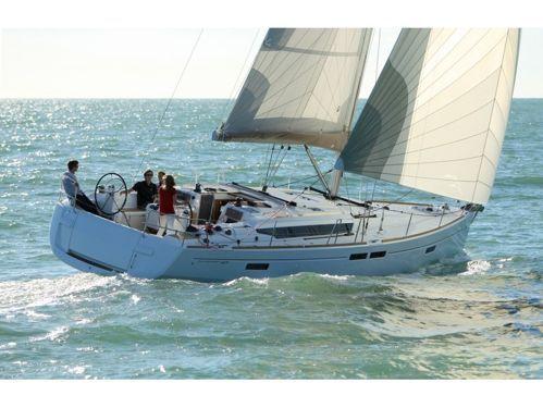 Sailboat Jeanneau Sun Odyssey 469 · 2015